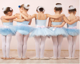 ondine_island_pic_of-dancers