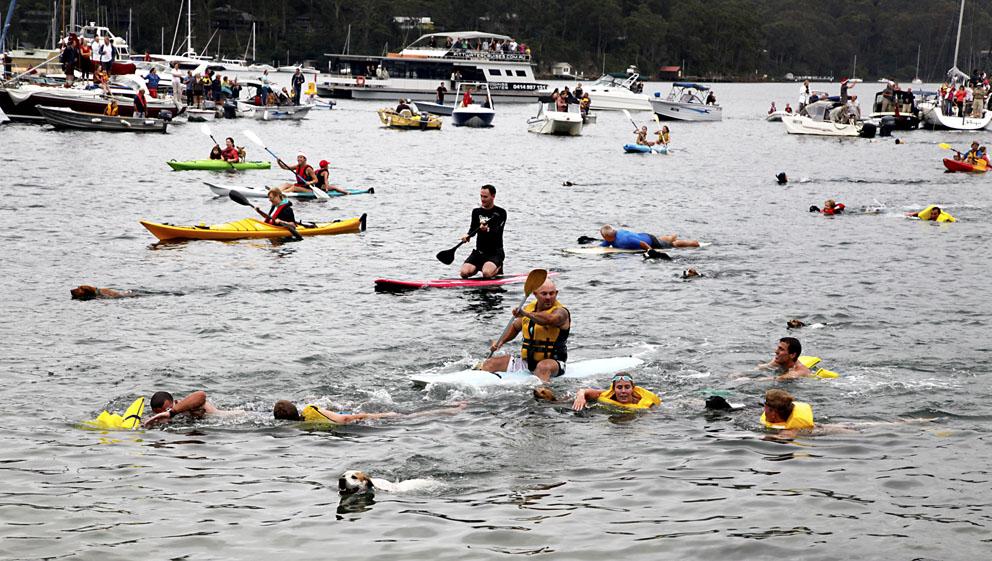 Dog Race - Image June Lahm